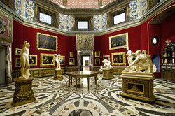 uffizi-multimedia-Tribuna-view-sx