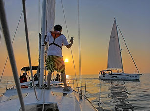 Puesta de sol en velero _ Totavela