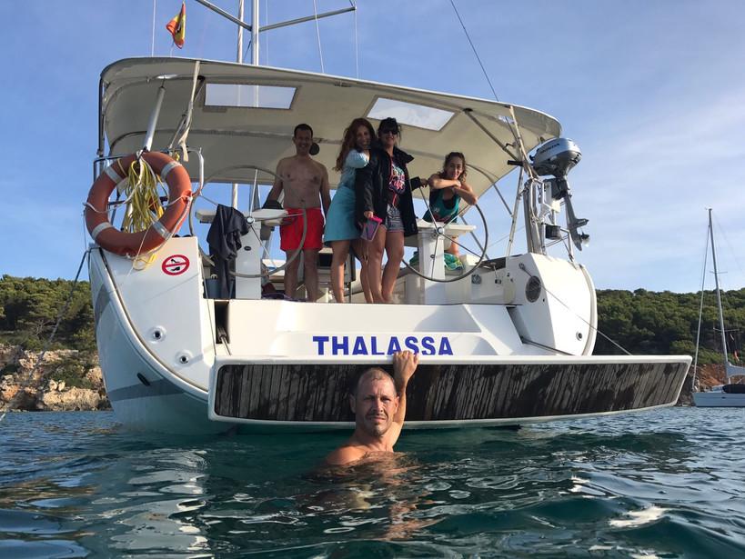 Velero Thalassa _ Totavela