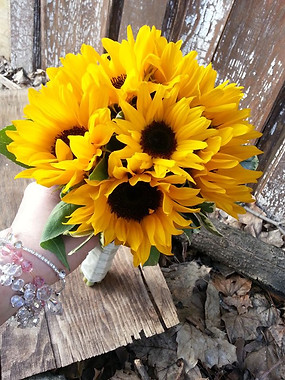 sunflowers bouquet.jpg