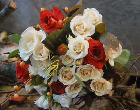 Autumn Roses bouquet.jpg