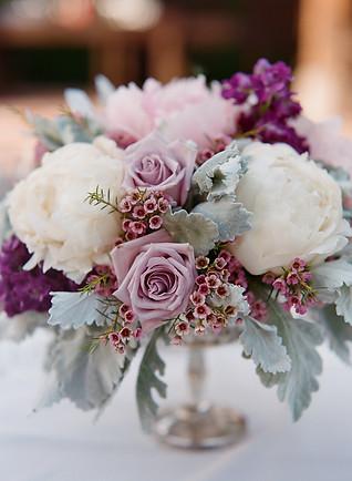 white lavender pink centerpiece.jpg