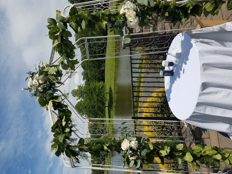 WeddingArch