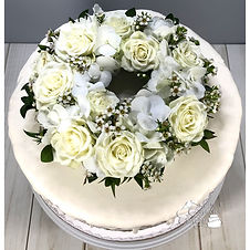 Cake flowers2 Sandy.jpg