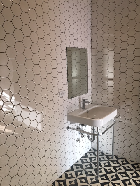 En-Suite Bathroom Tiling