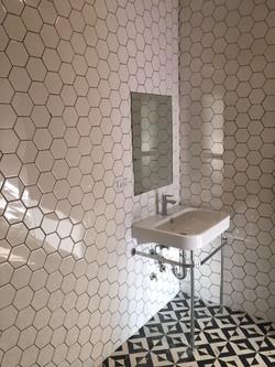 En-Suite Bathroom Tiling