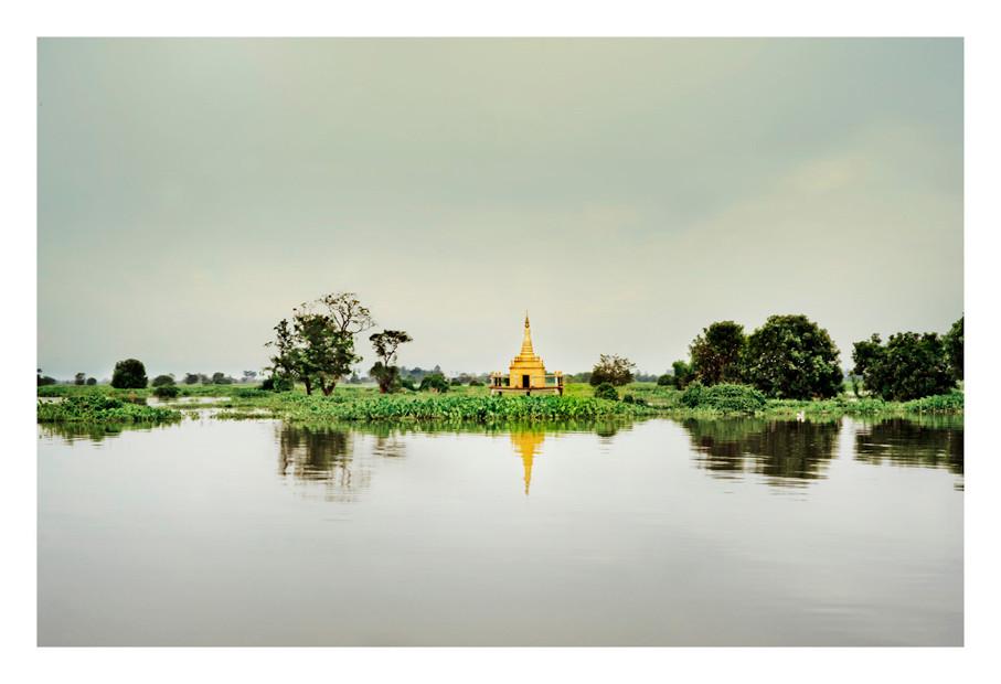 Stupa.  Cambodia, Near Koah Samroang, Camb