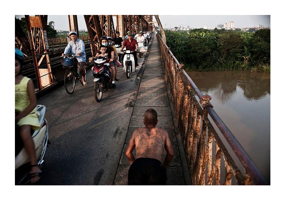 Long Bien Brodge.  Hanoi.