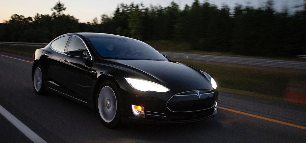 Tesla Wallpaper 4.jpg