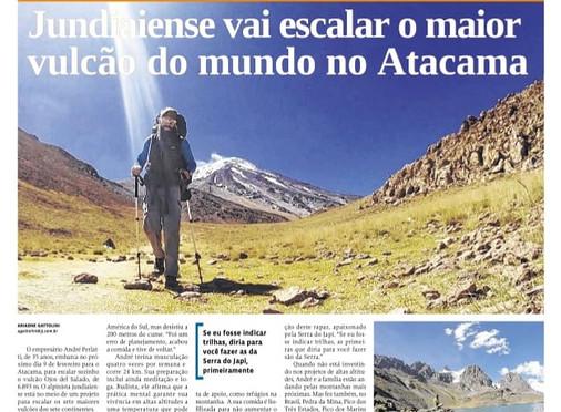 Notícia: guia André Perlatti tenta escalar o maior vulcão do mundo ao estilo alpino em solo