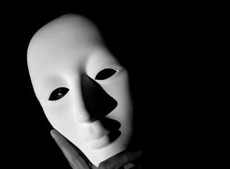 Transparence, tout devient transparent et les masques tombent...