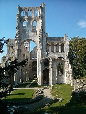 Abbatiale_Notre-Dame,_Jumièges.jpg