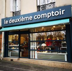 LE DEUXIÈME COMPTOIR