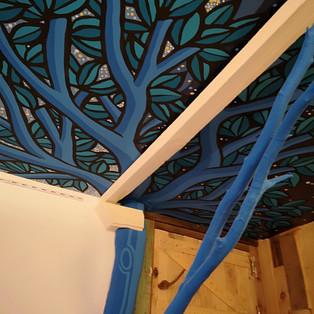 Plafond chez Dédé/Ceiling at Dédé's