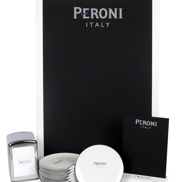 Kit pour bars et restaurants partenaires pour scénariser L'Aperitivo Peroni Partenariat avec Guy Degrenne