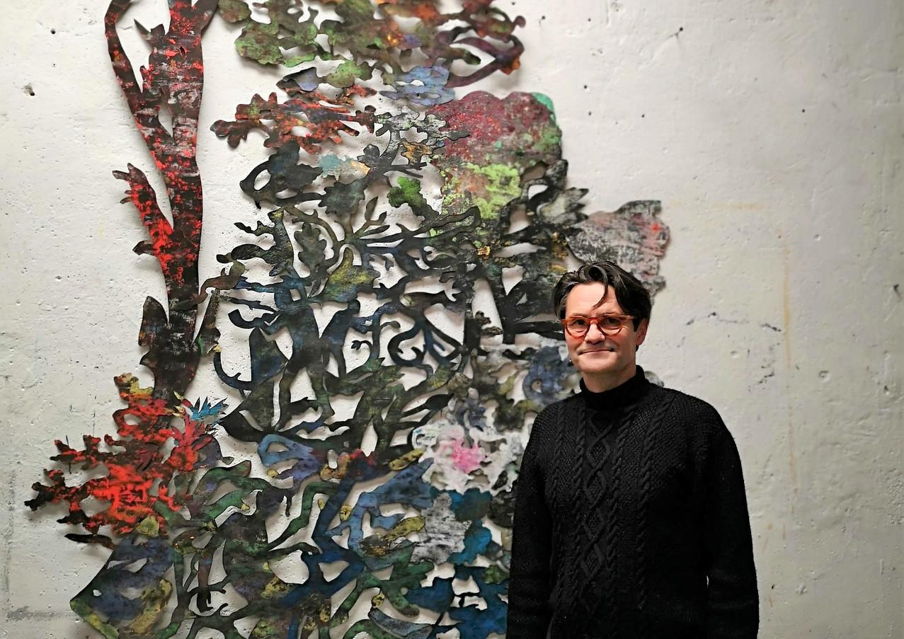 Ses oeuvres en papier / His artwork