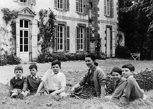 Gabrielle Bellocq et ses enfants à Beauc