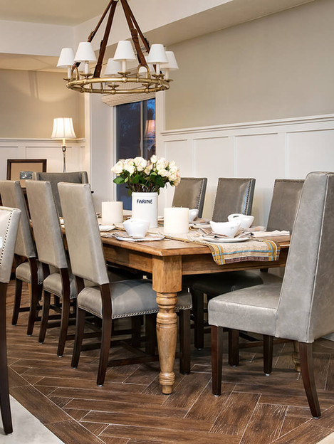 Downstairs_Dining-4362111.jpg