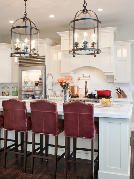 Kitchen_Red-Stools_horiz_2-4289111.jpg