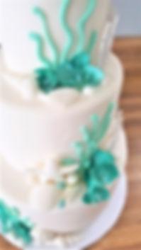 Wedding Cake Seamist Kisses Turquiose .j