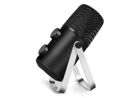 The Maono fairy mic lite. good hardware crippled by bad design.