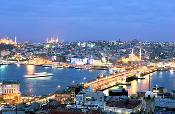 The-Istanbul-skyline-at-dus.jpg