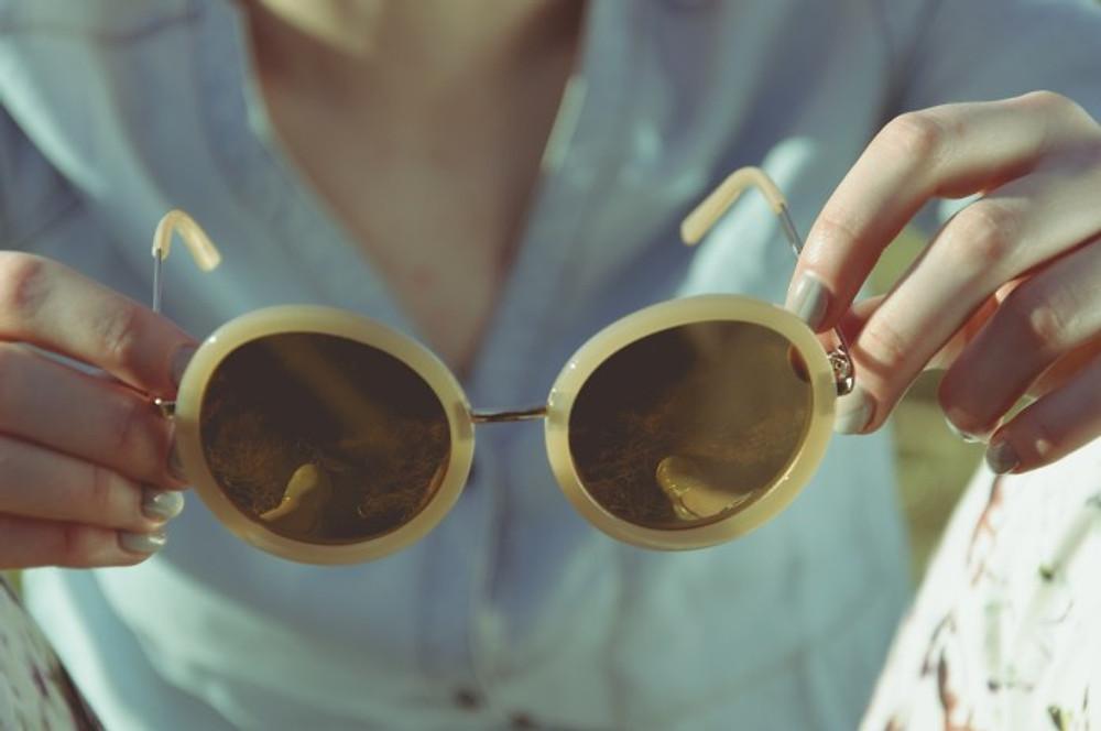 woman wearing shades