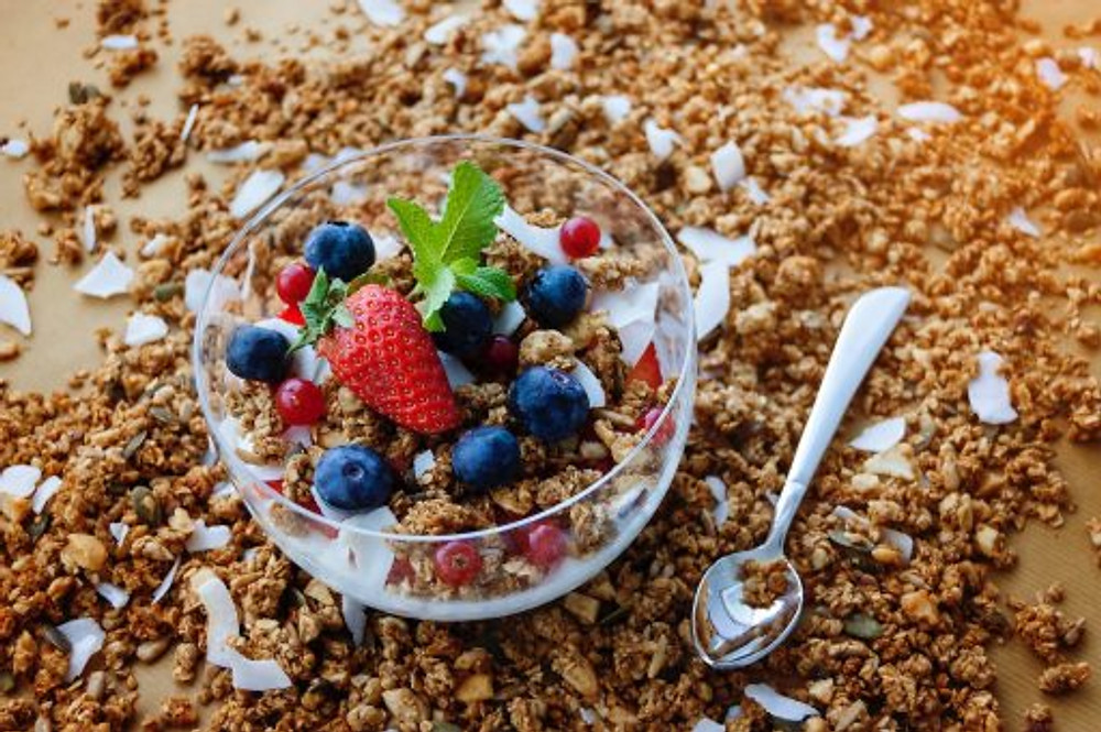 Include Strawberry and blueberry in your pcos diet plan