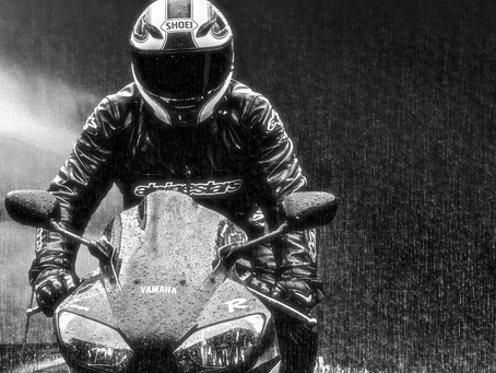 Motorcycle Accessories That are a Lifesaver During the Monsoon Rains...