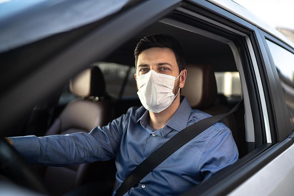 सचाई की जाँच पड़ताल: क्या N-95 मास्क पहनकर कार चलाने से बेहोश हो जाते हैं? जानिए दावे का सच
