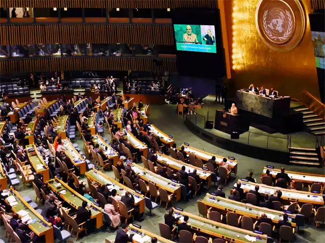 UNHCR: India's retort to Pakistan, said 'peep in your arms'