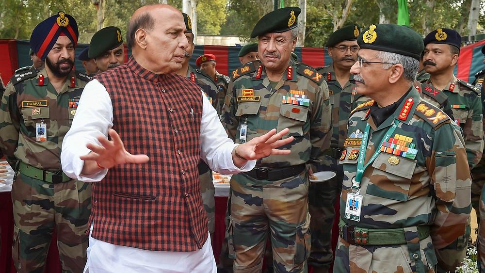 India Vs China: भारत-चीन सीमा पर लगातार बढ़ रही सैनिको की संख्या, 4 मोर्चों पर दोनों देश आमने-सामने.