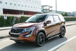 XUV500_action_4517-106