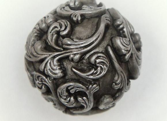 Antiqued Metal Ornaments: DO-AnSi-001