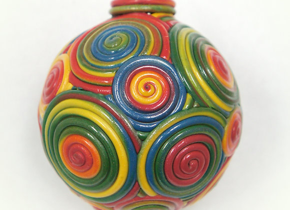 Primary Colored swirl ornament, DO-PrSw-004