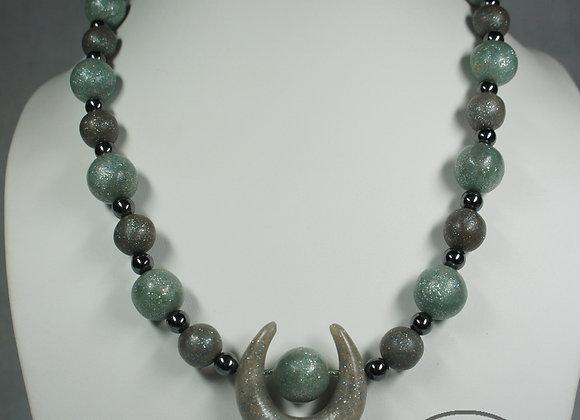 Iridescent Green Necklace, Item JN-IrAn-001