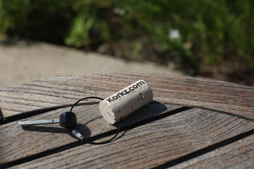 KEEZ Wine Cork Keyring