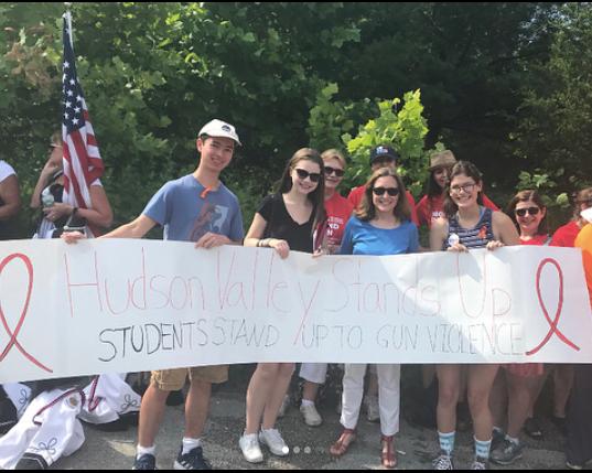 HVSU members with Karen Smythe at the Hyde Park Independence Day Parade