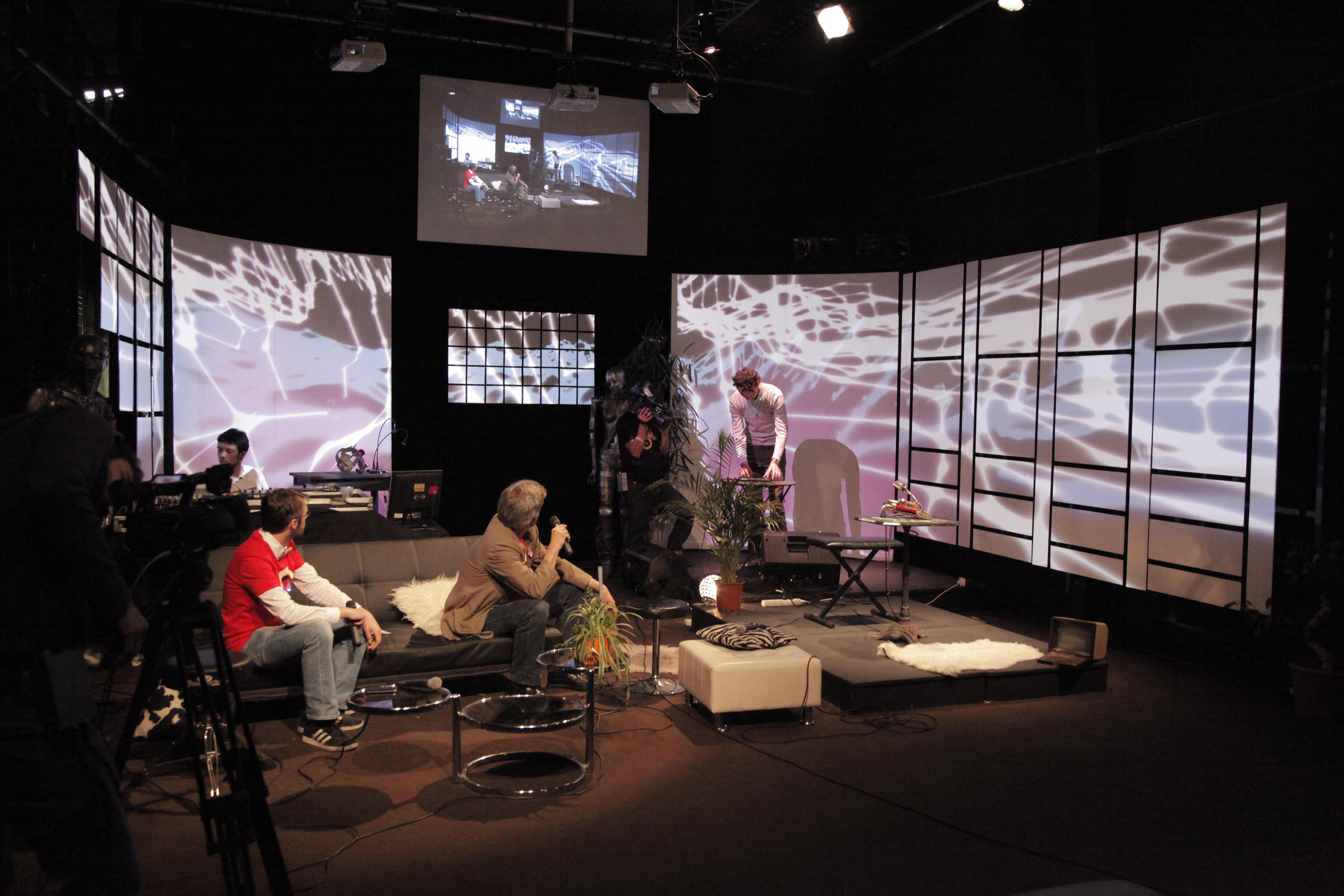Redif-TV-Show-THSF 13