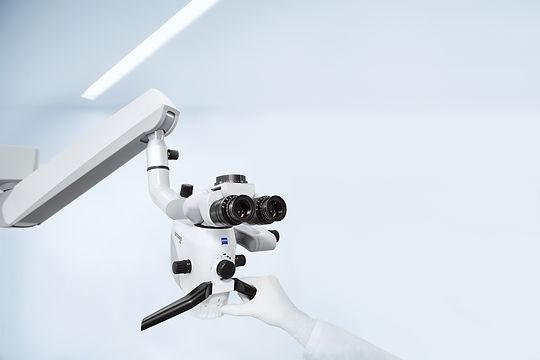 EXTARO-300-Dental-Head-Hand (1).jpg