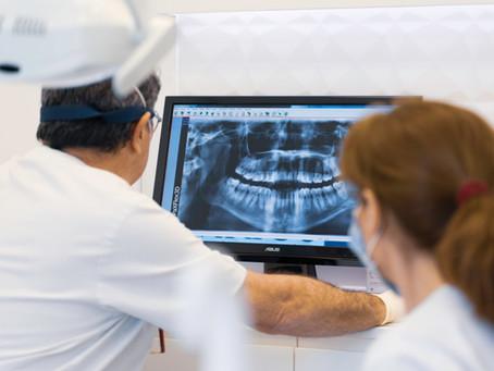 Entrevista sobre la implantación de las nuevas tecnologías en la odontología.