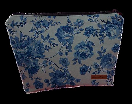 Necessaire Triângulo - Flores Azuis