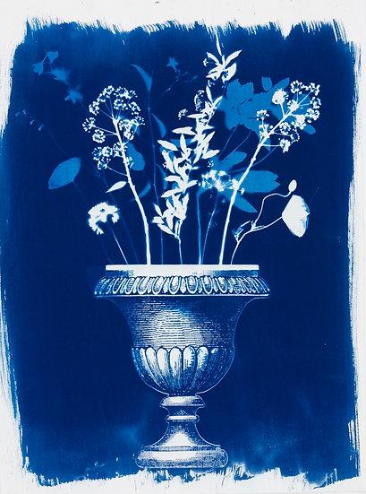 Bouquet et vase à l'antique
