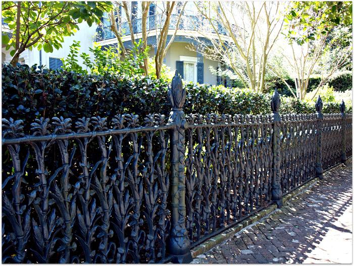 Cornstalk-Fence-in-Garden-District
