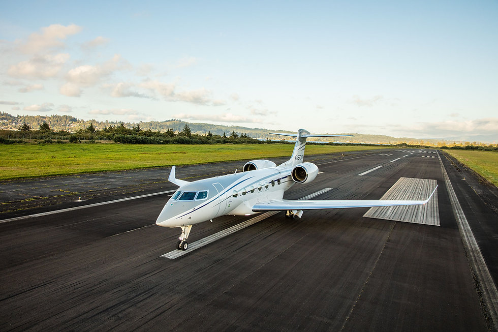 gulfstream takeoff.jpg