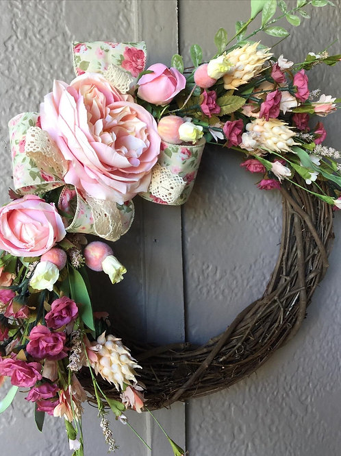 SHABBY ROSE WREATH
