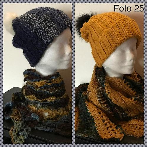 25 - berretti in lana con pompon