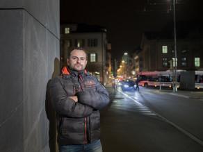 Neu in Zug: Abdullah Bilen wandelt zwischen den Kulturen