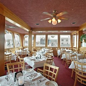 40910_photo_Dining_Area__2__400x400.jpg