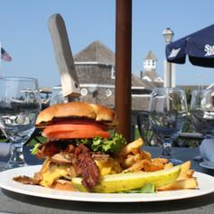 Sundays Burger 4.jpg